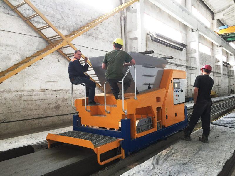 Экструдер для производства пустотных плит перекрытий