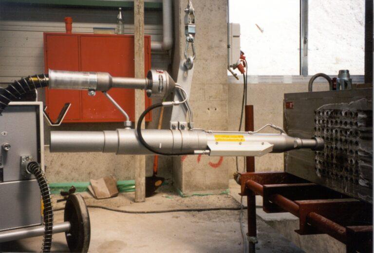 Read more about the article PAUL 4х шланговый домкрат для натяжения стальной арматуры
